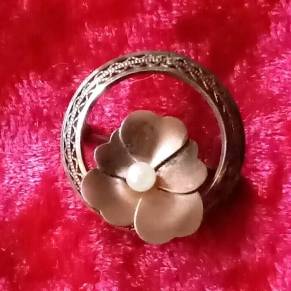 Vintage WRF GF Brooch with Pearl Center Flower